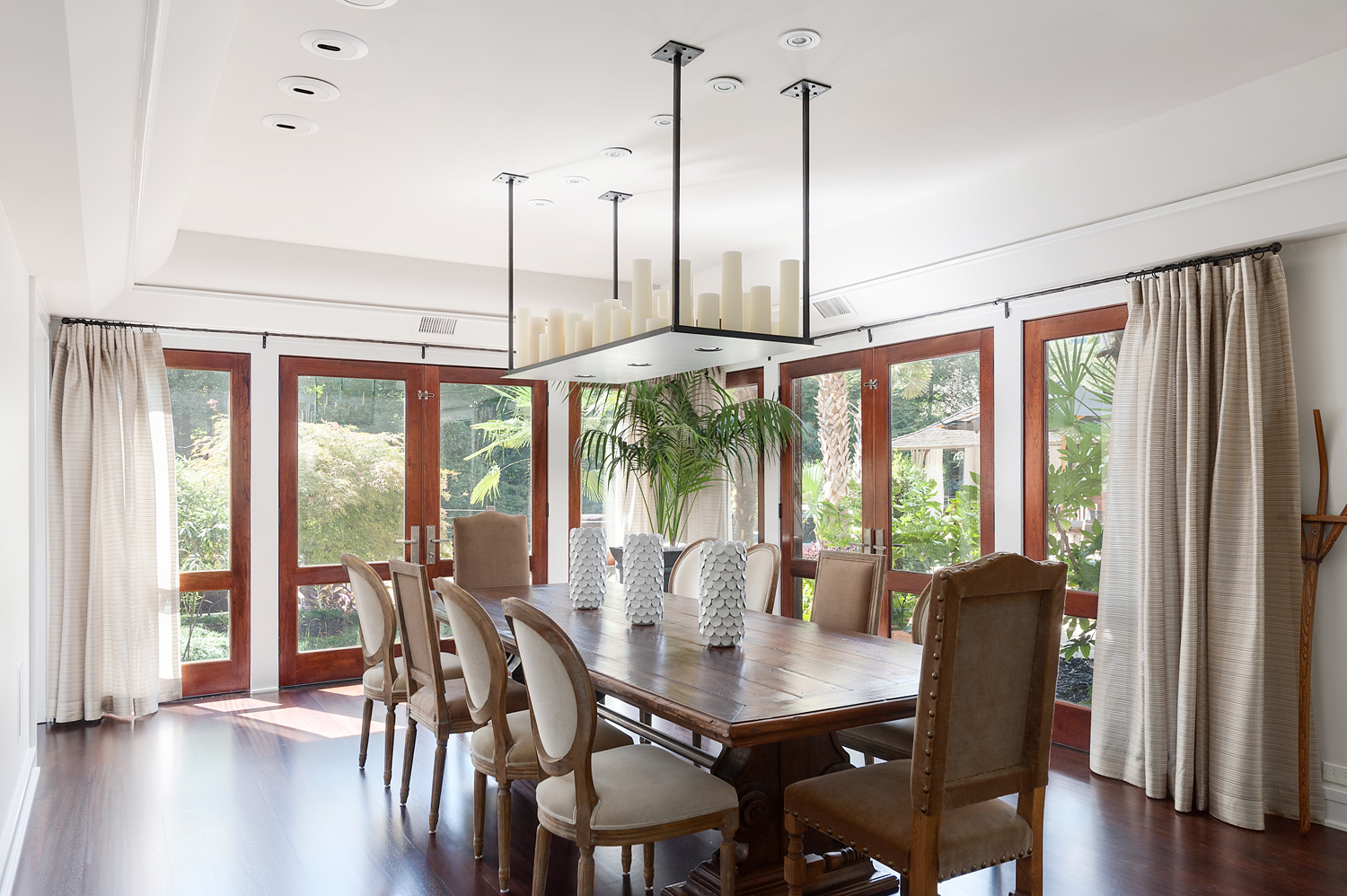 Dining Room Northside Drive NW.jpg