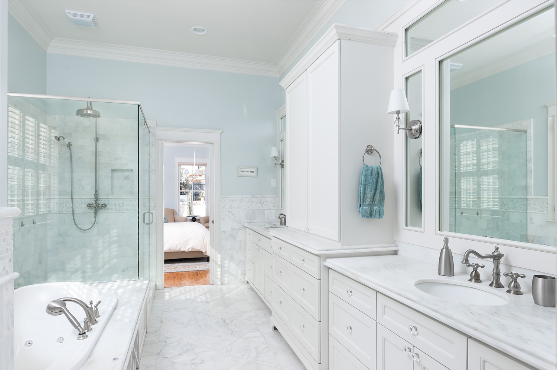 Master Bathroom - Timm Valley.jpg