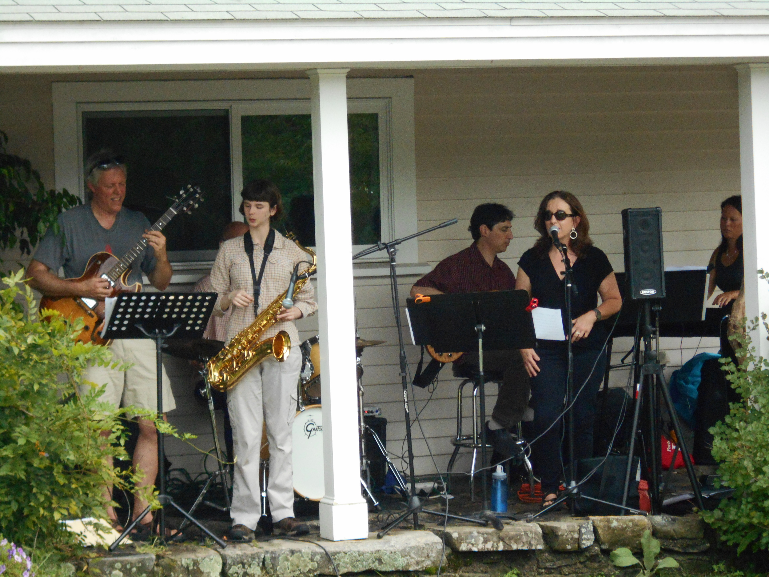 The Morningside Studio Jazz Band from the farmhouse porch!