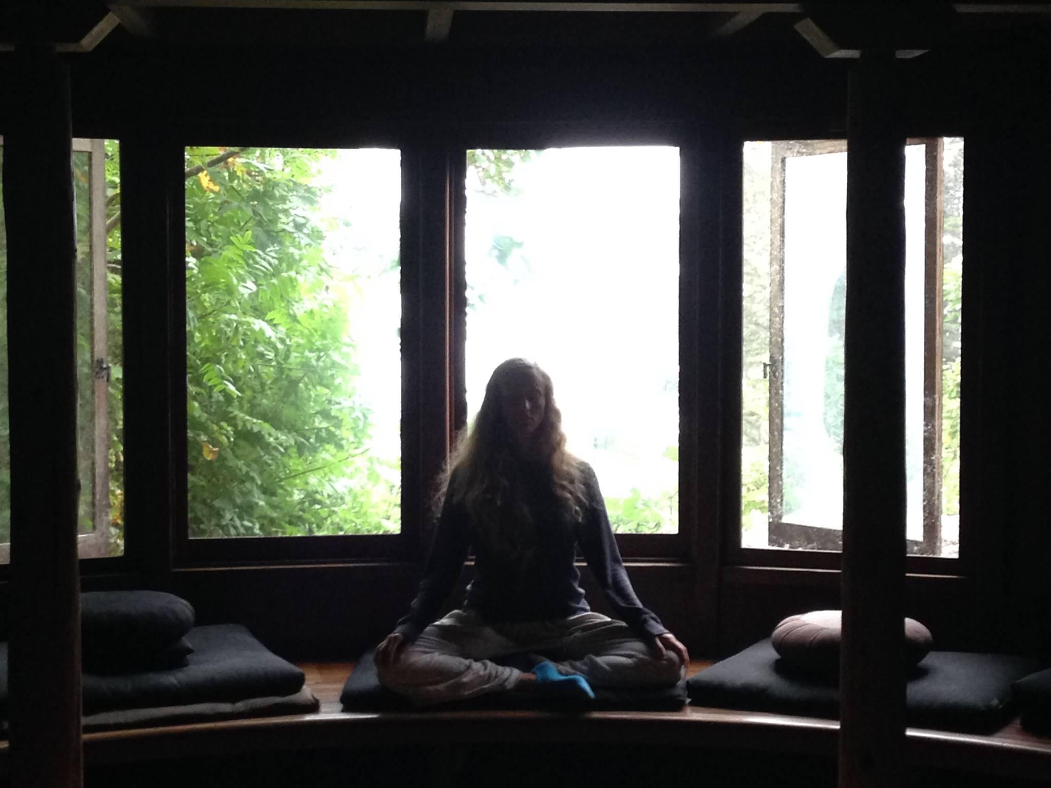 Esalen_meditation.jpg