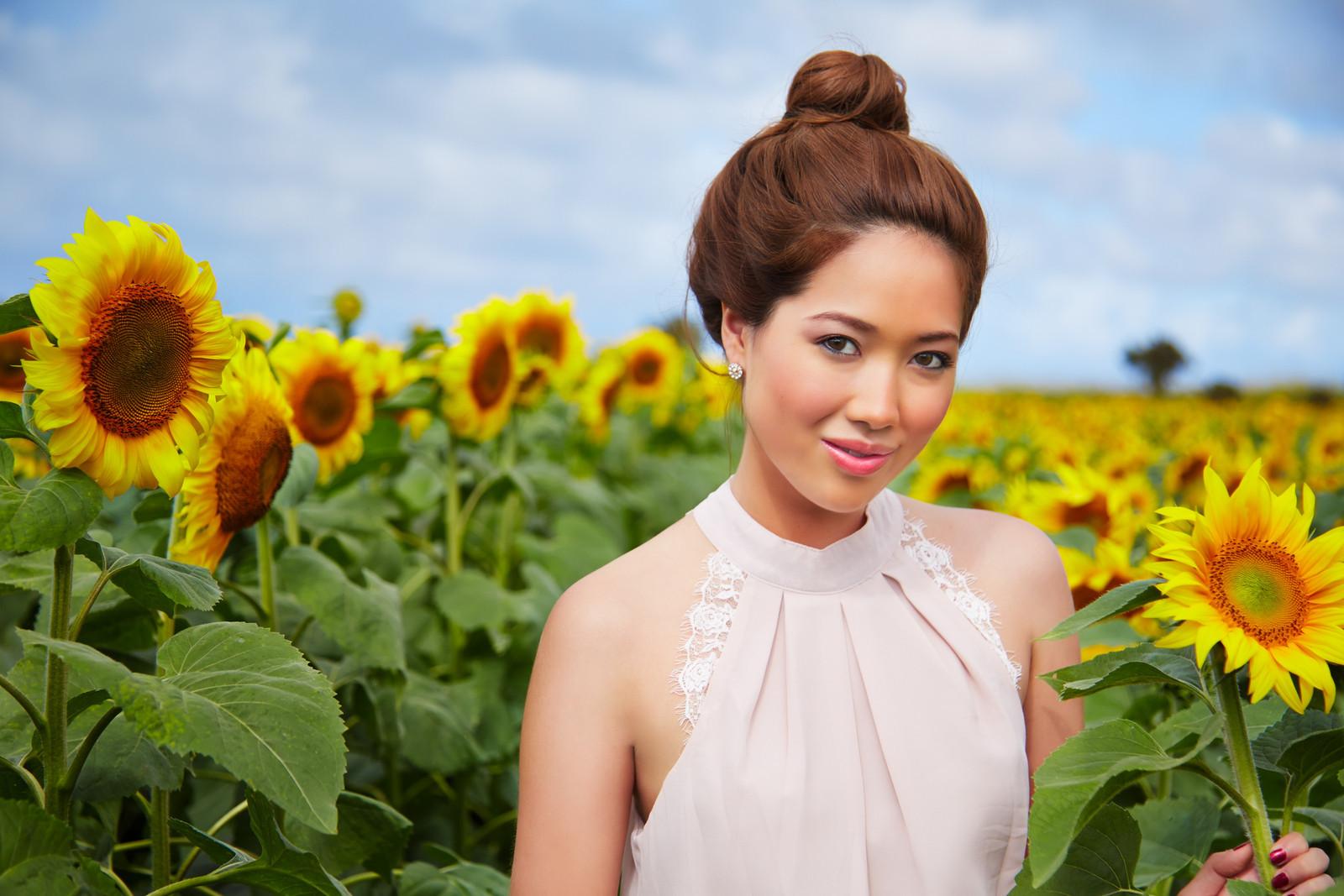 Alessa Sunflower Fields 0427-X3.jpg