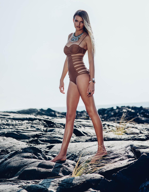 hiluxury-womenswim-kona-palomafield-web-2.jpg