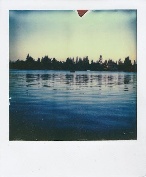 Polaroidsbook 8.jpg