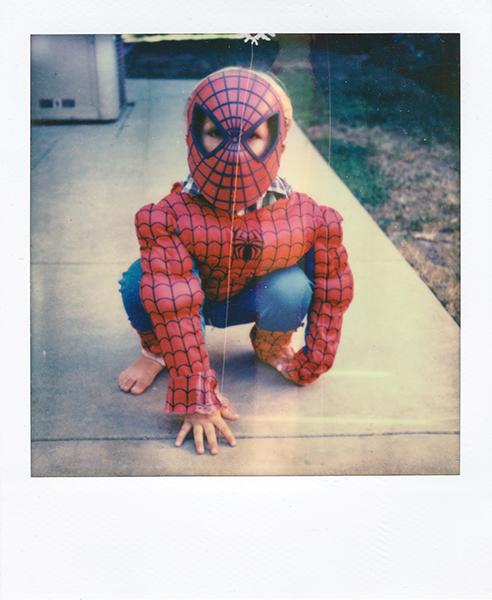 Polaroidsbook 81.jpg