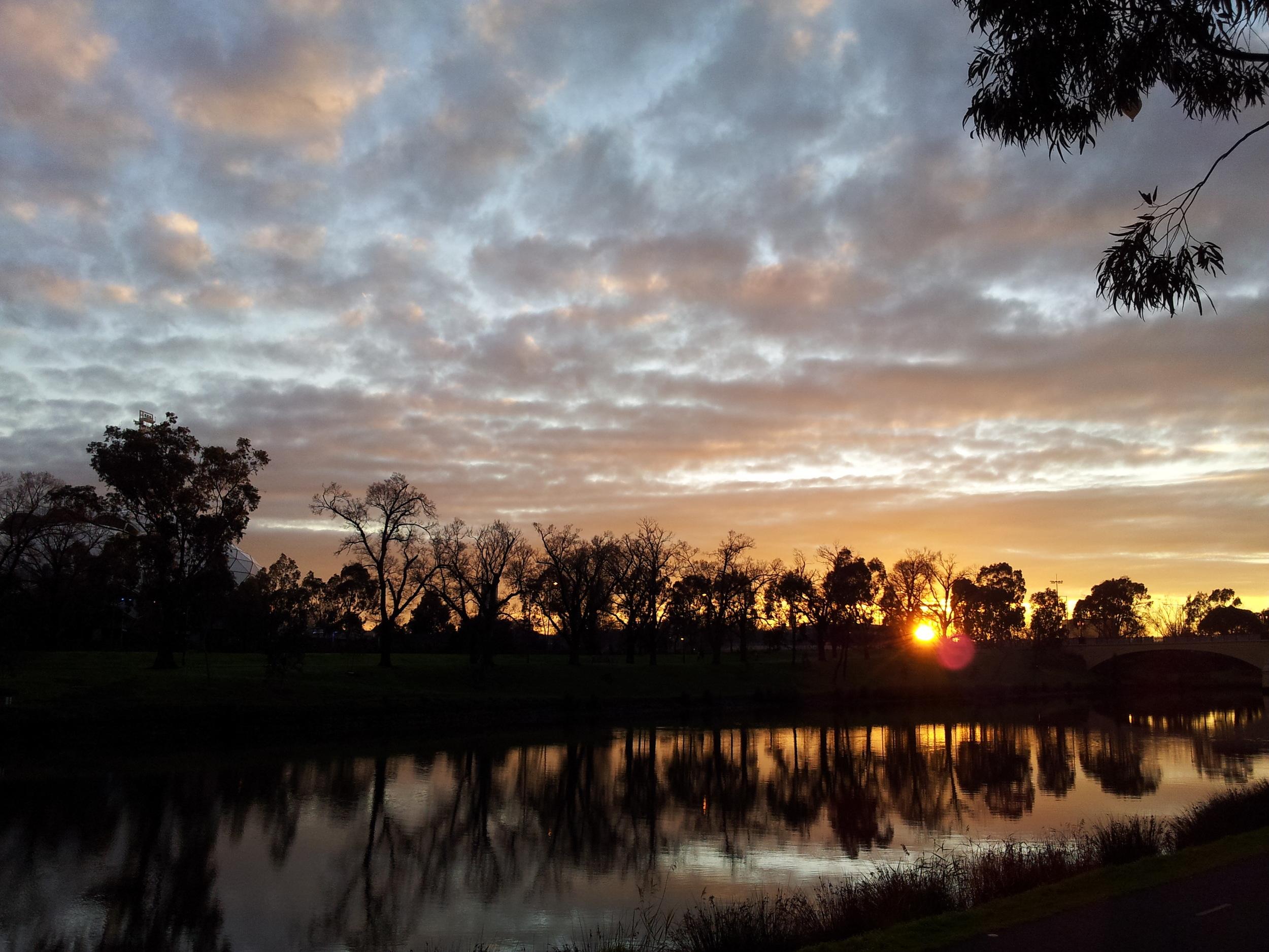 Sunrise over the Yarra River. Image: Paul Jones
