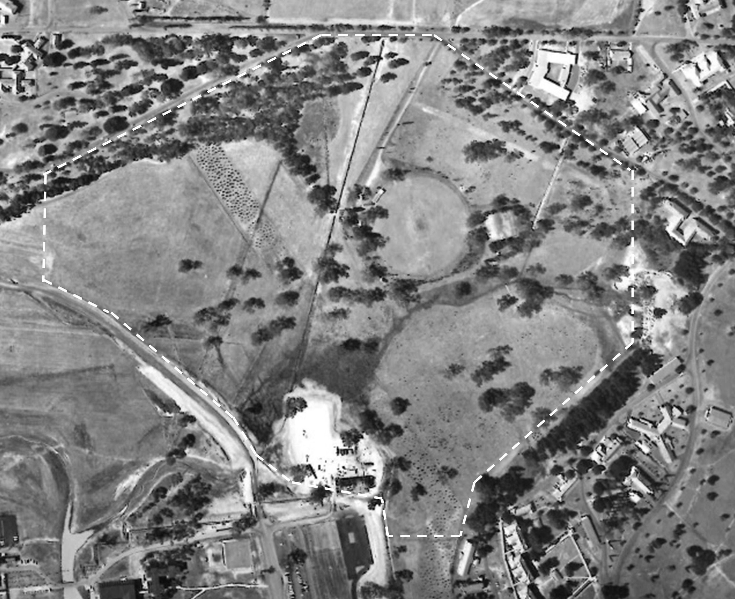 An aerial photo from 1968 clearly shows the football oval and adjacent tennis courts.  Image:   La Trobe University Media Library