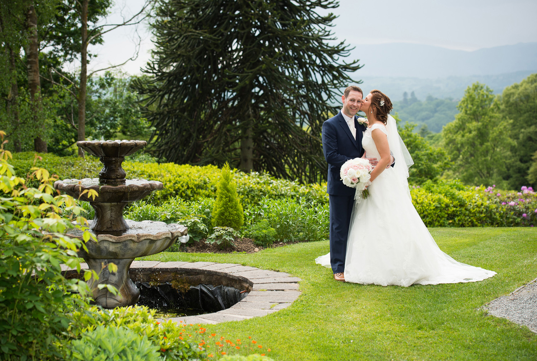 merewood-hotel-wedding-photographer-18.jpg