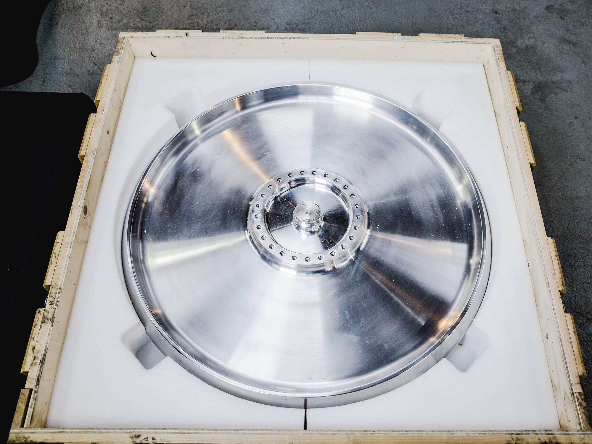 Aluminium wheel in case