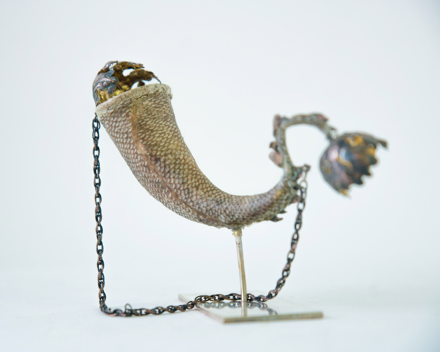 A 'mermaid purse' sculpture.