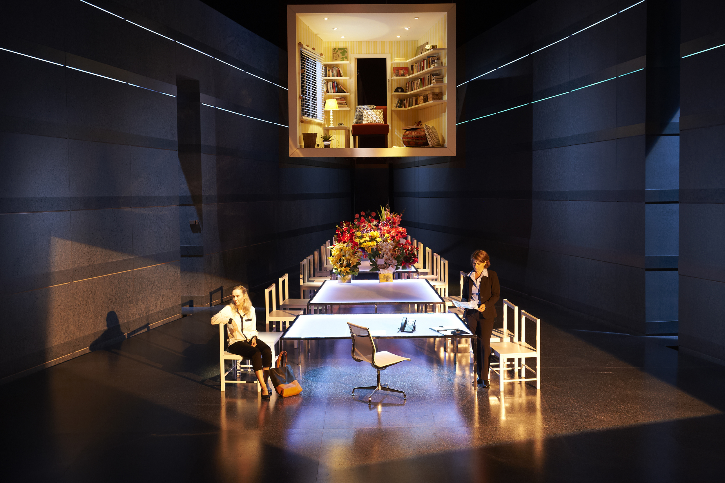 Boy Gets Girl, Myles Pollard and Alison Van Reeken Directed by Adam Mitchell, Design by Fiona Bruce
