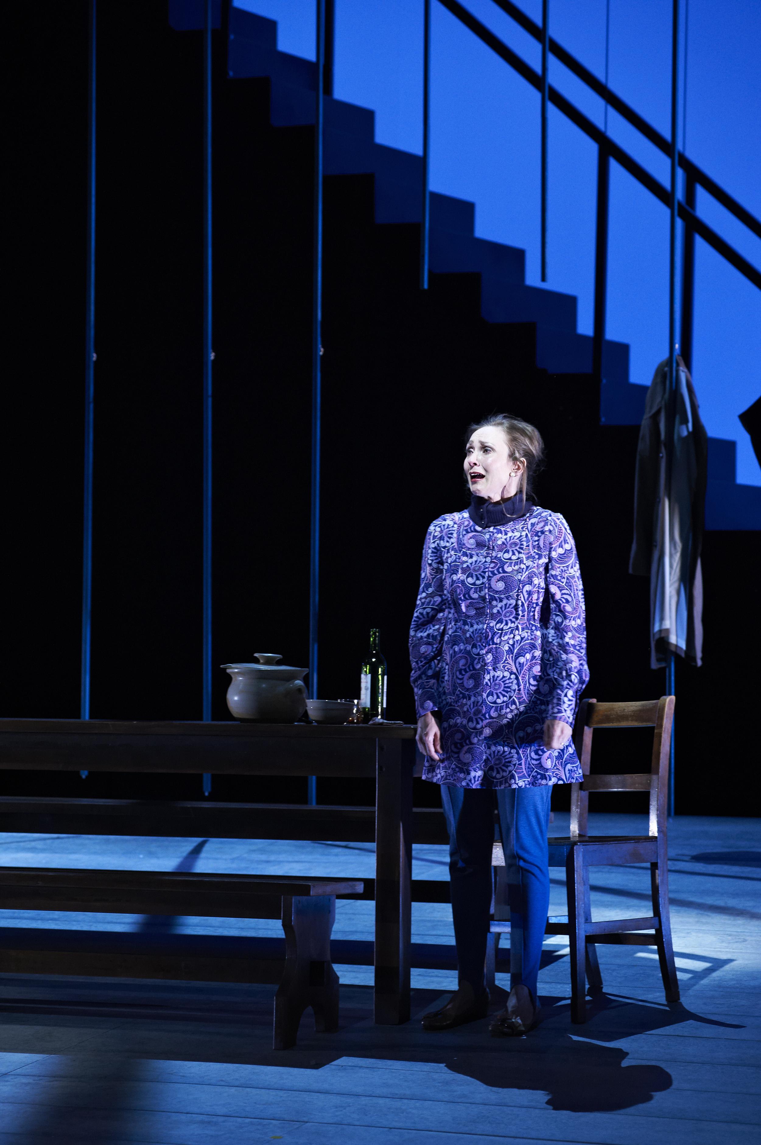 When the rain stops falling, Alison Van Reeken, directed by Adam Mitchell, Andrew Bovell