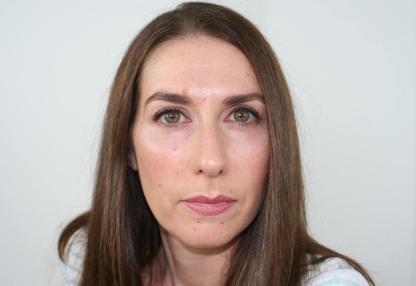 Before - no sculpting of cheeks