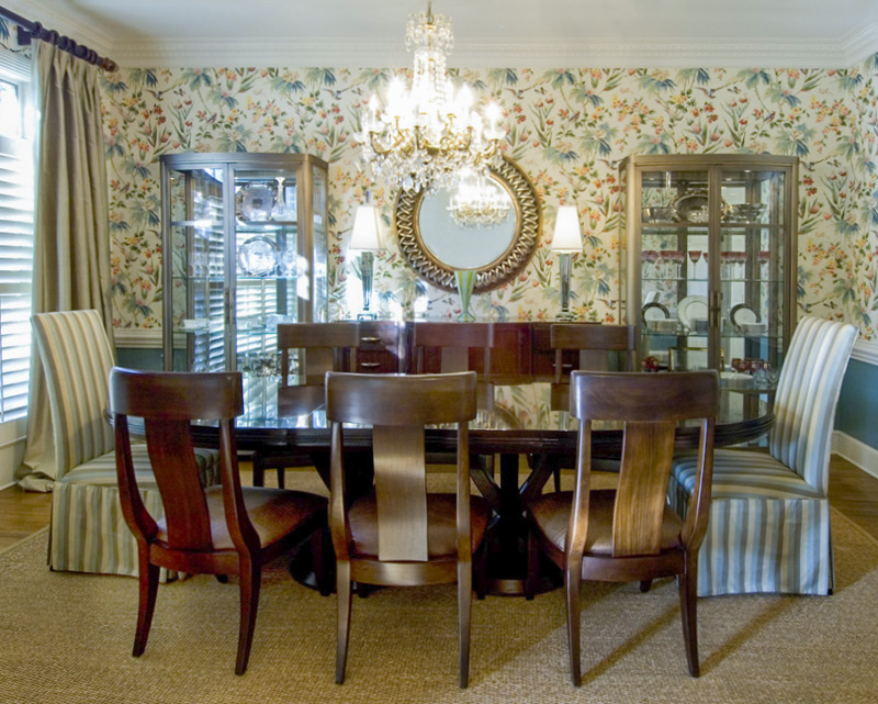 2-east_memphis_dining_room_M.jpg