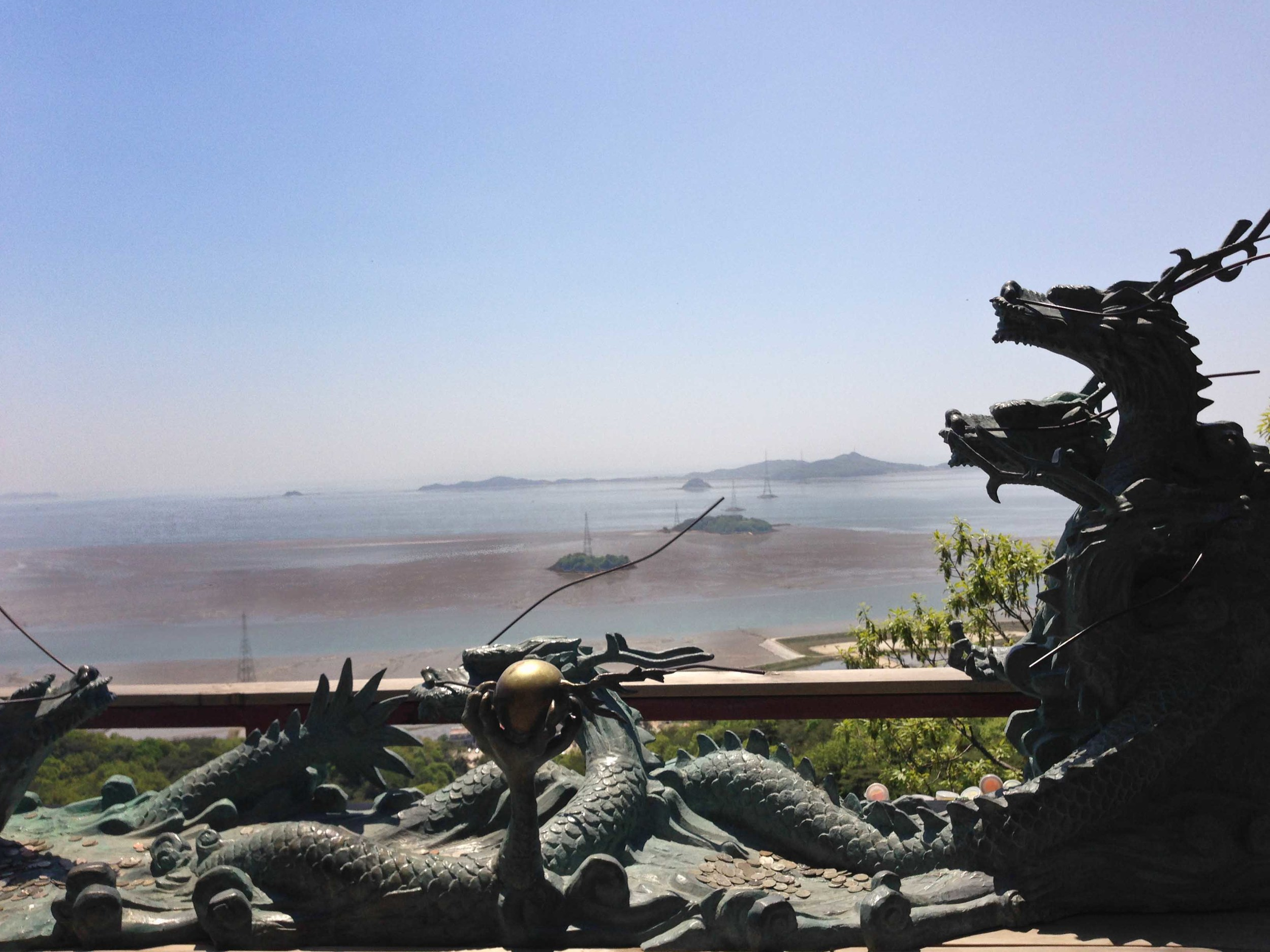 dragons in Ganghwa Do, Bomunsa Temple