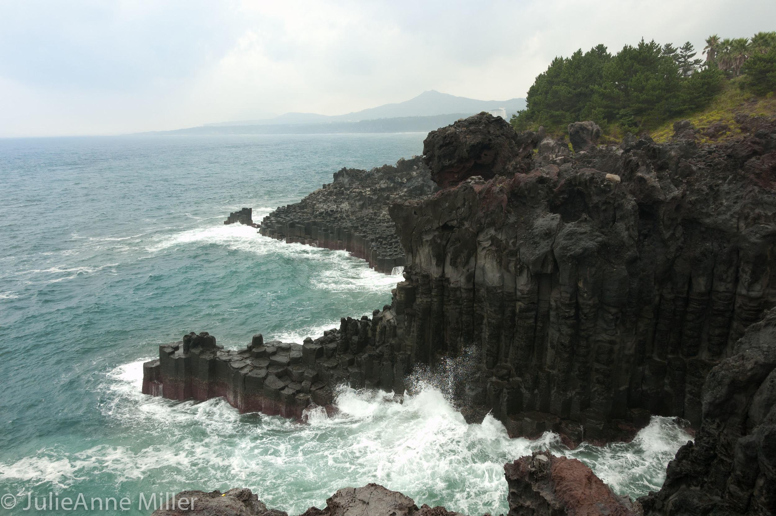 Jusangjeolli Cliffs