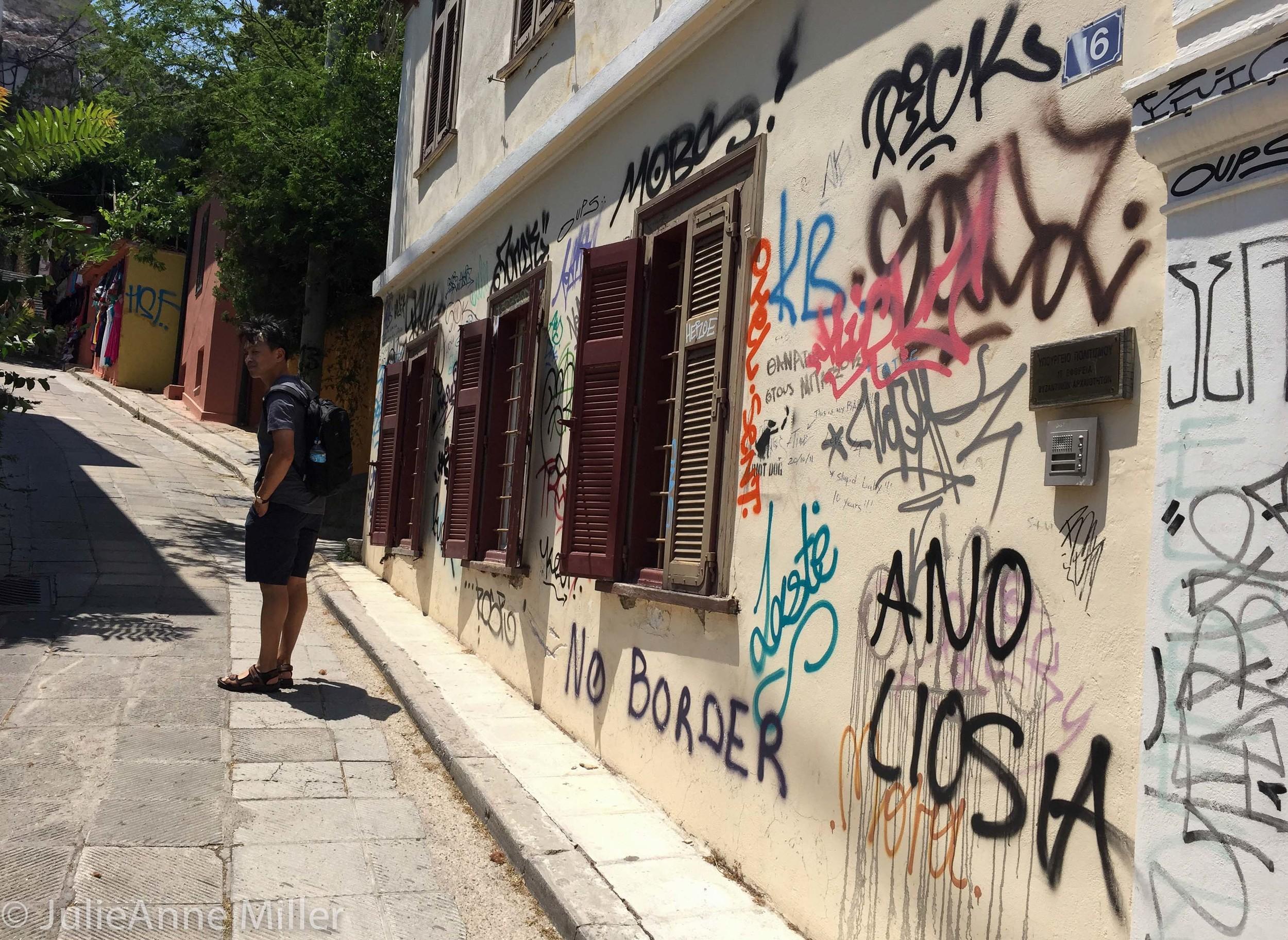 graffiti wall plaka.jpg
