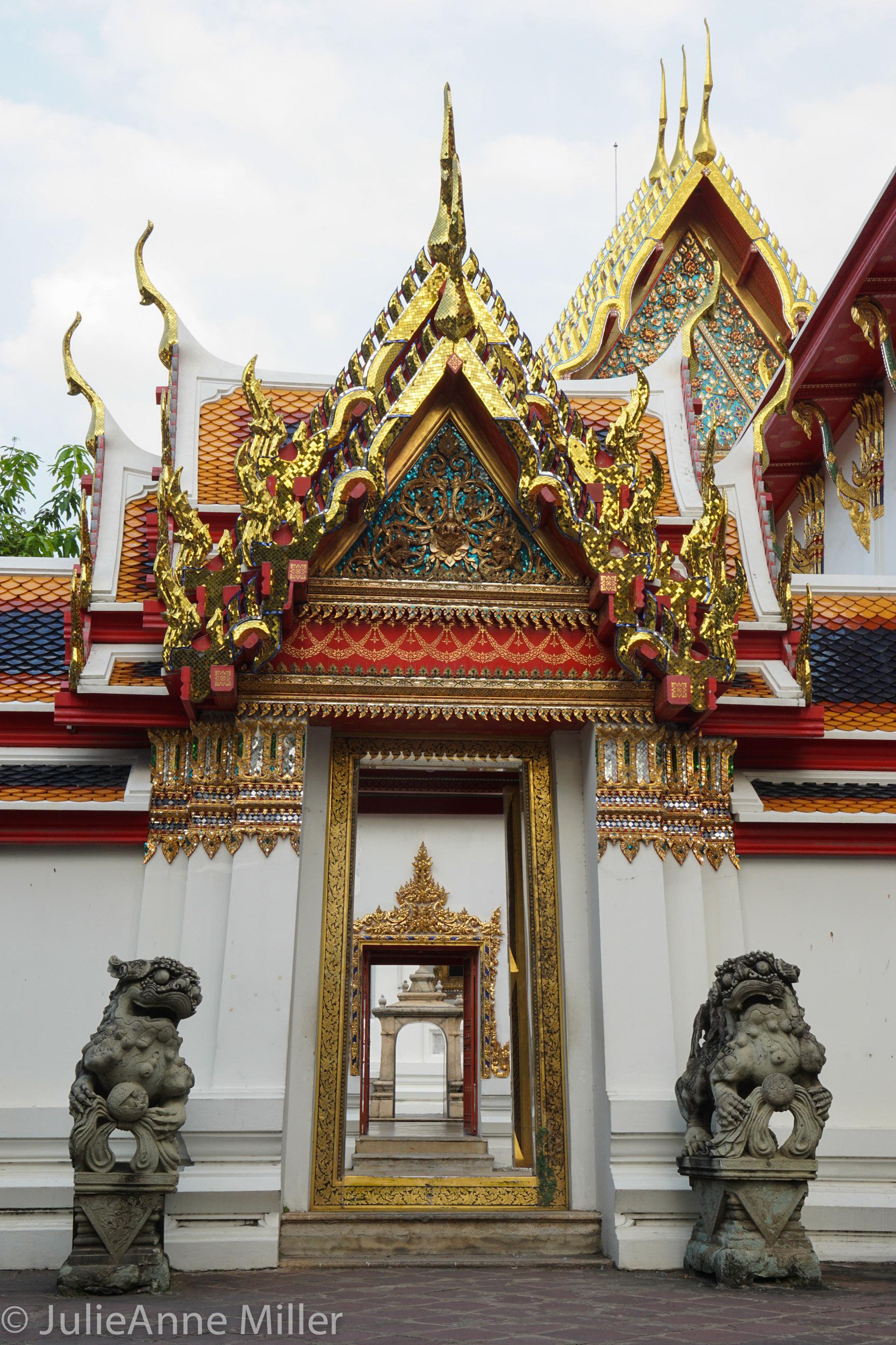 Wat Pho 1.jpg