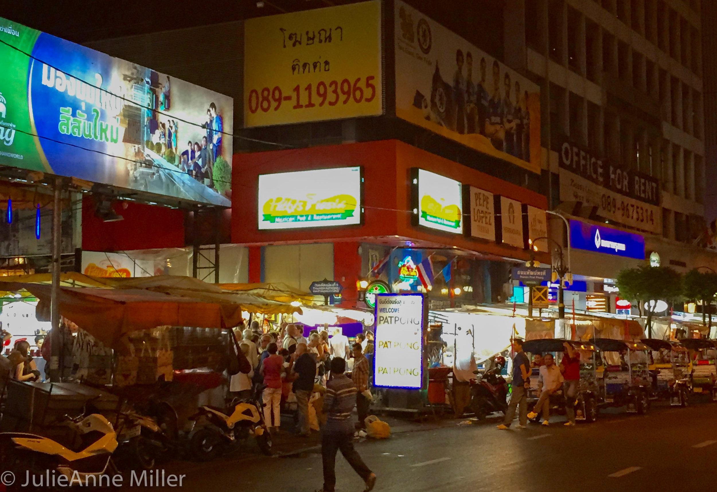 night street food.jpg
