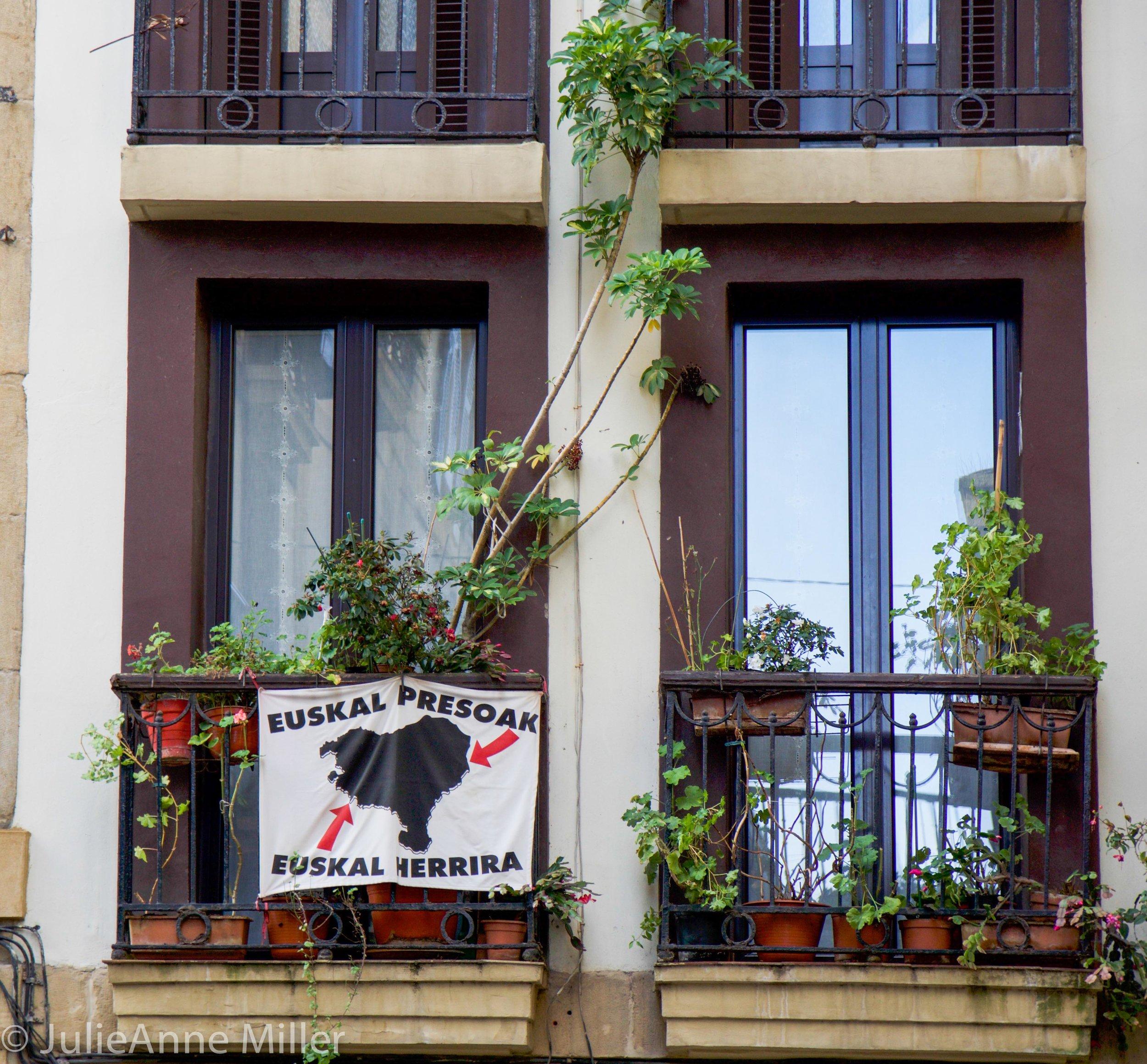 Free Basque!