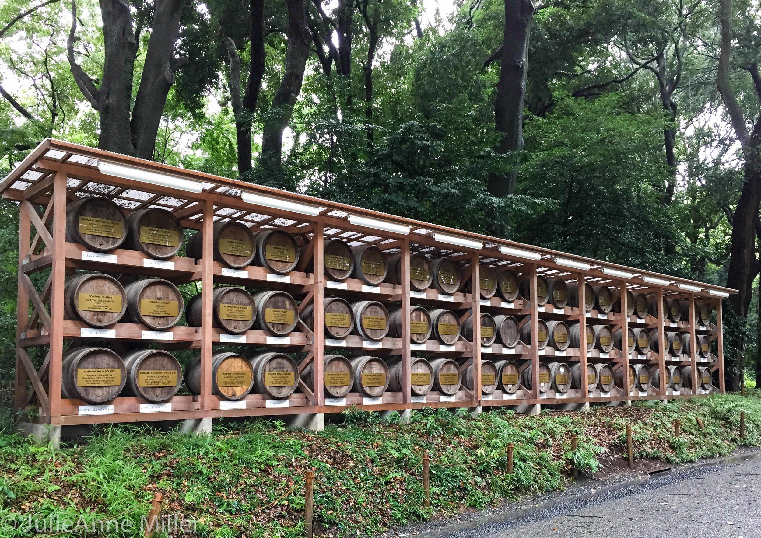 Wine caskets