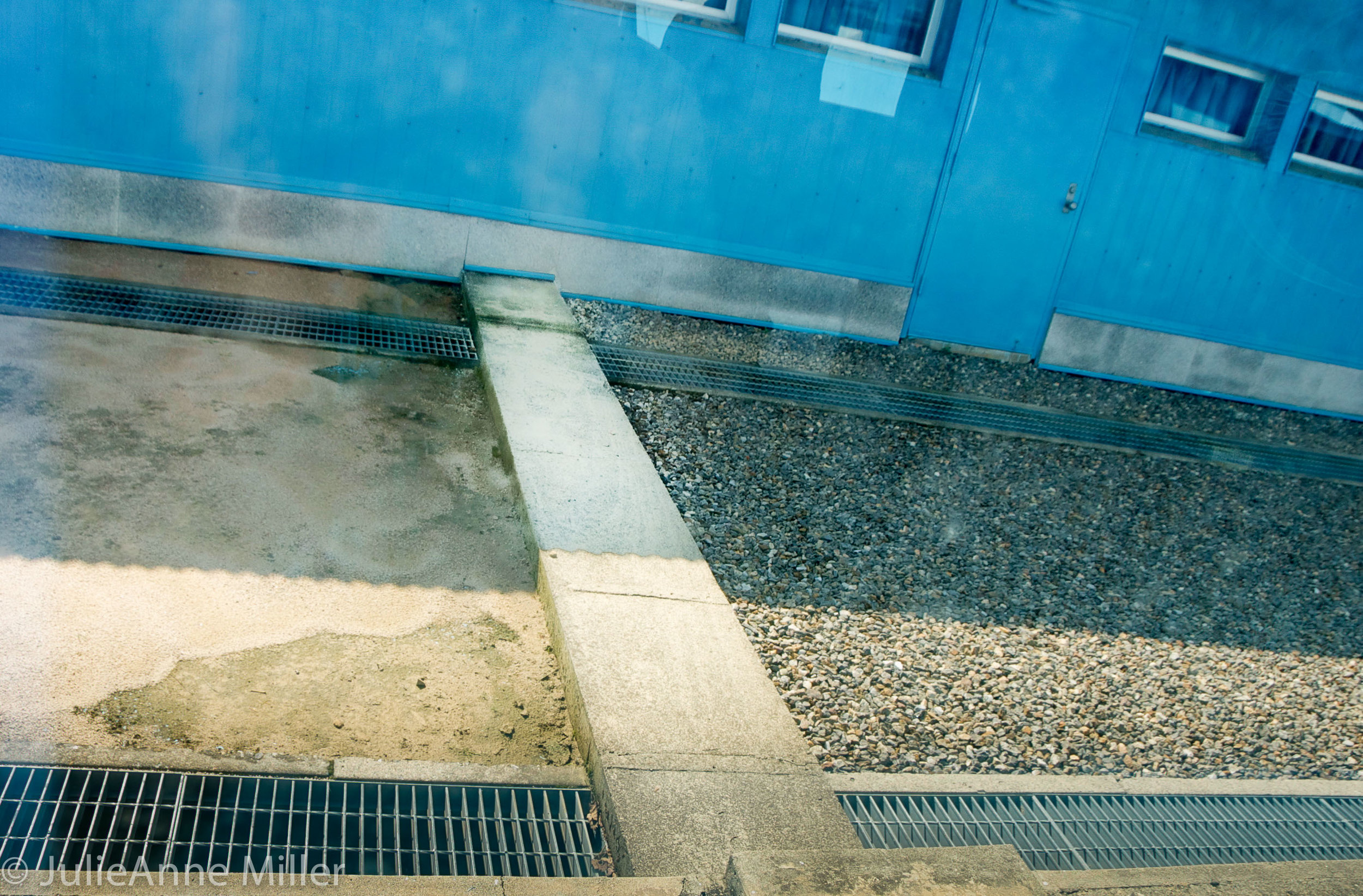 DMZ demarcation line (DML)