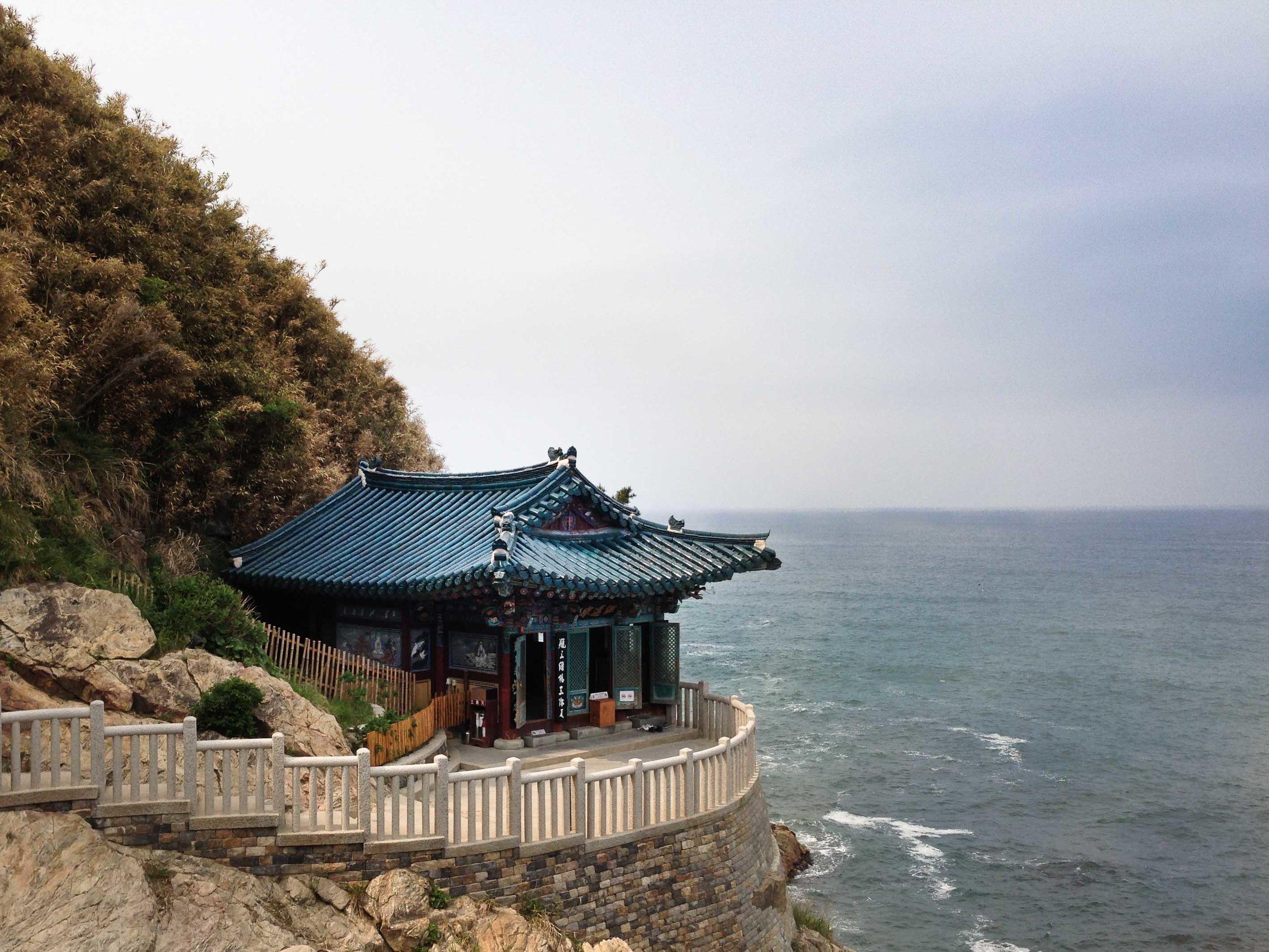 홍룐암 Hong-nyon-am Temple