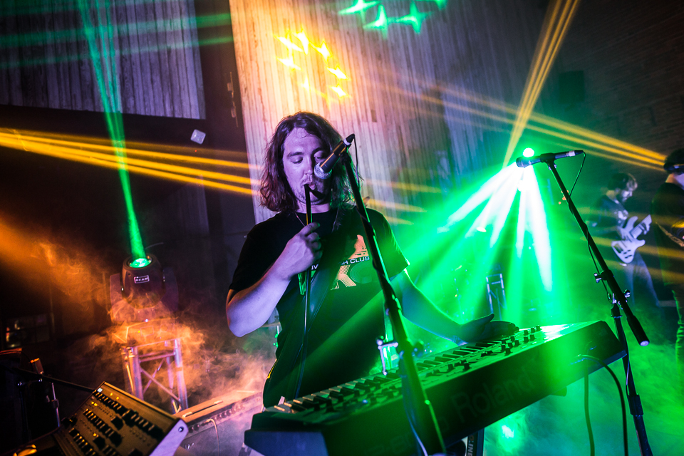 livelisten_nov2014-iwally-15.jpg
