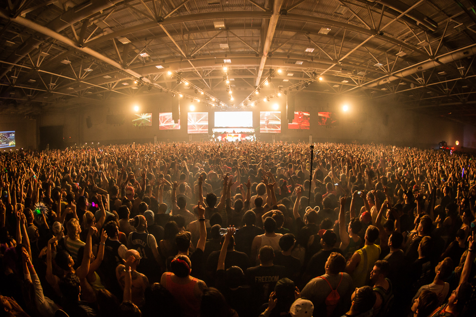 LAN2014-iwally-alivecoverage-13.jpg