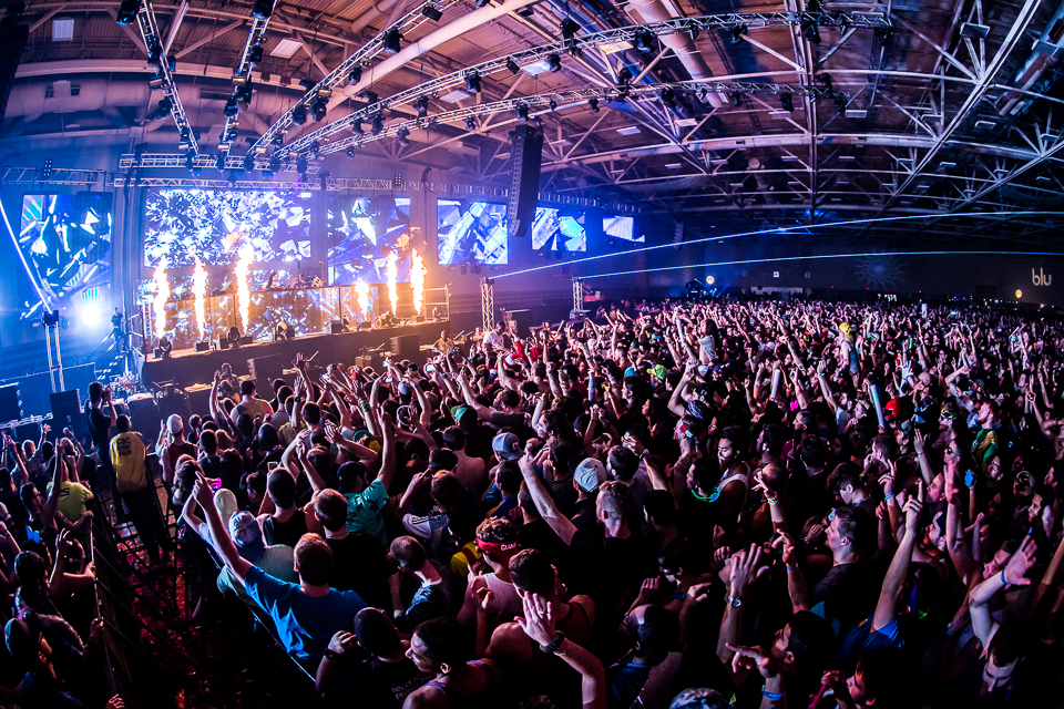 LAN2014-iwally-alivecoverage-14.jpg