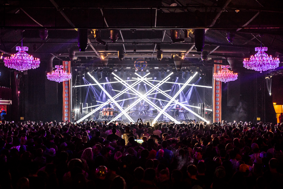 STS9-Fillmore-Jan15-iwally-alivecoverage-42.jpg