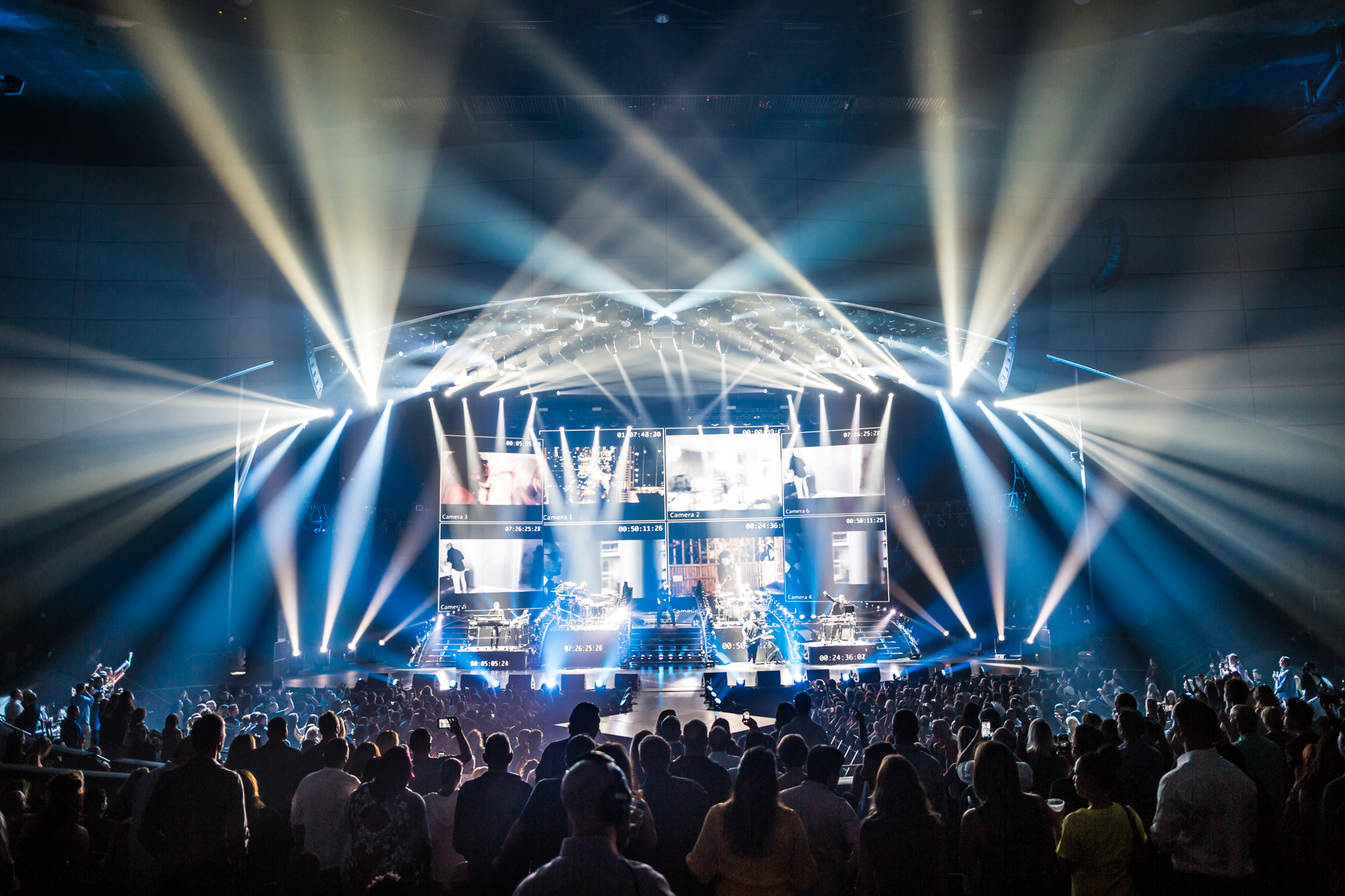 Pitbull_Vegas_ALIVEcoverage-16.jpg