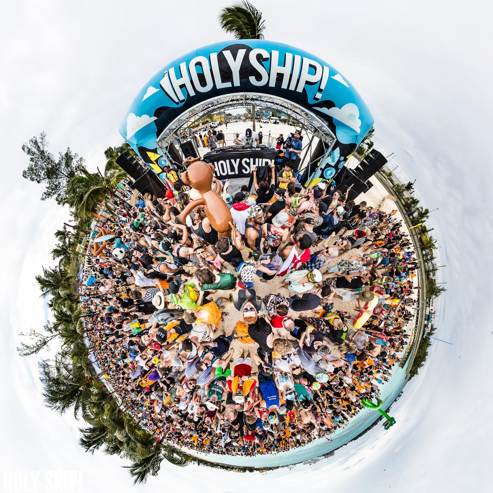 HolyShip_Feb2016_alivecoverage-21.jpg