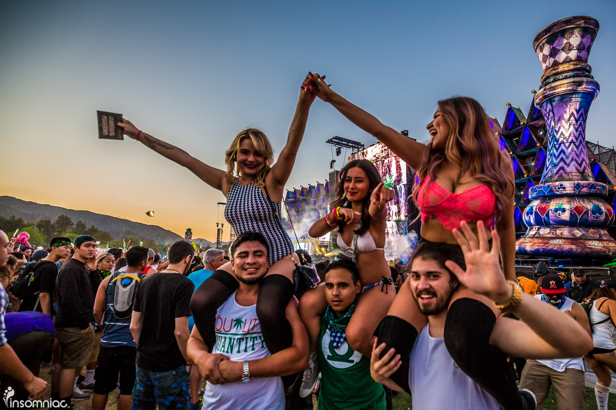 nocturnal_2015_iwally_alivecoverage-7.jpg