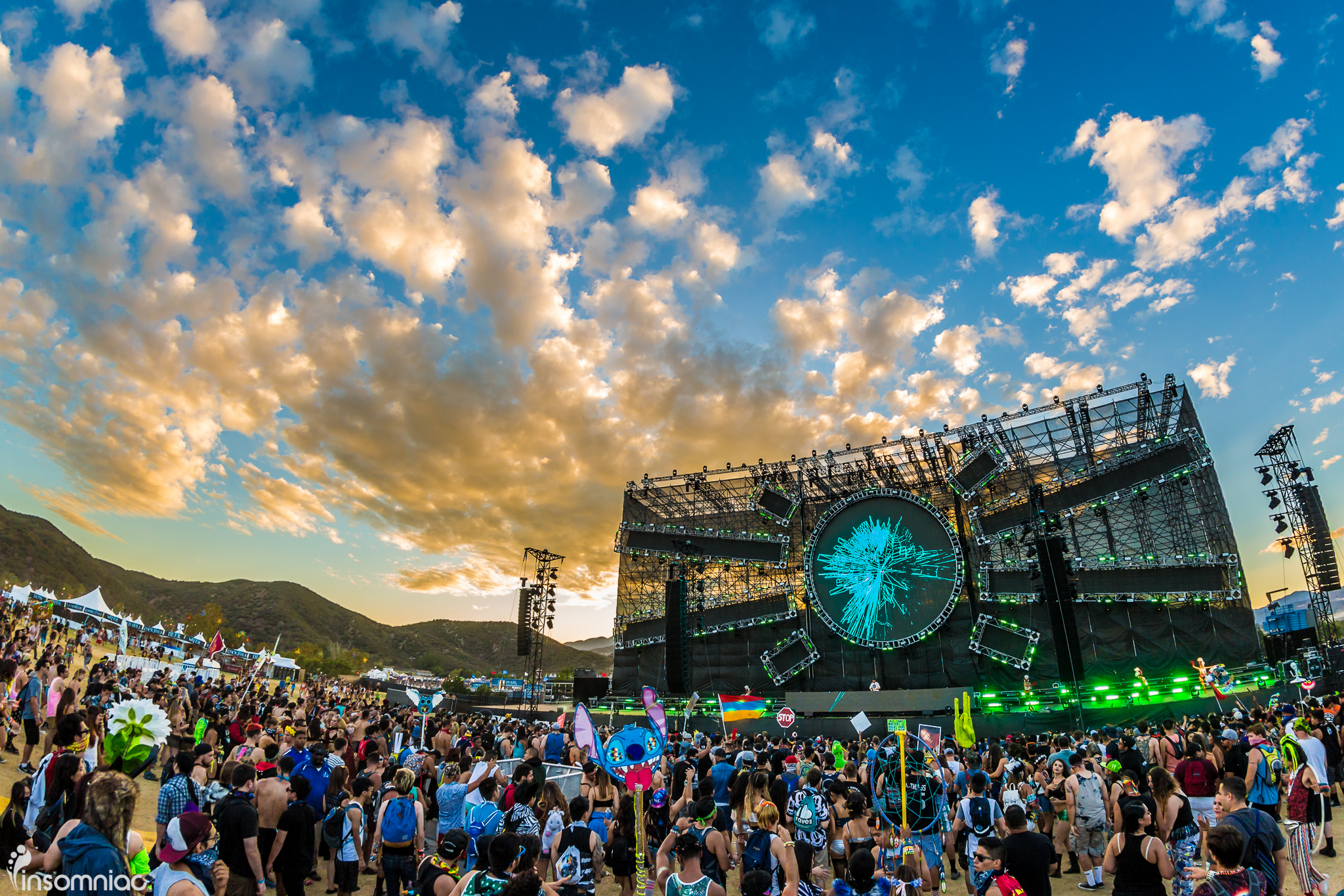 nocturnal_2015_iwally_alivecoverage-20.jpg