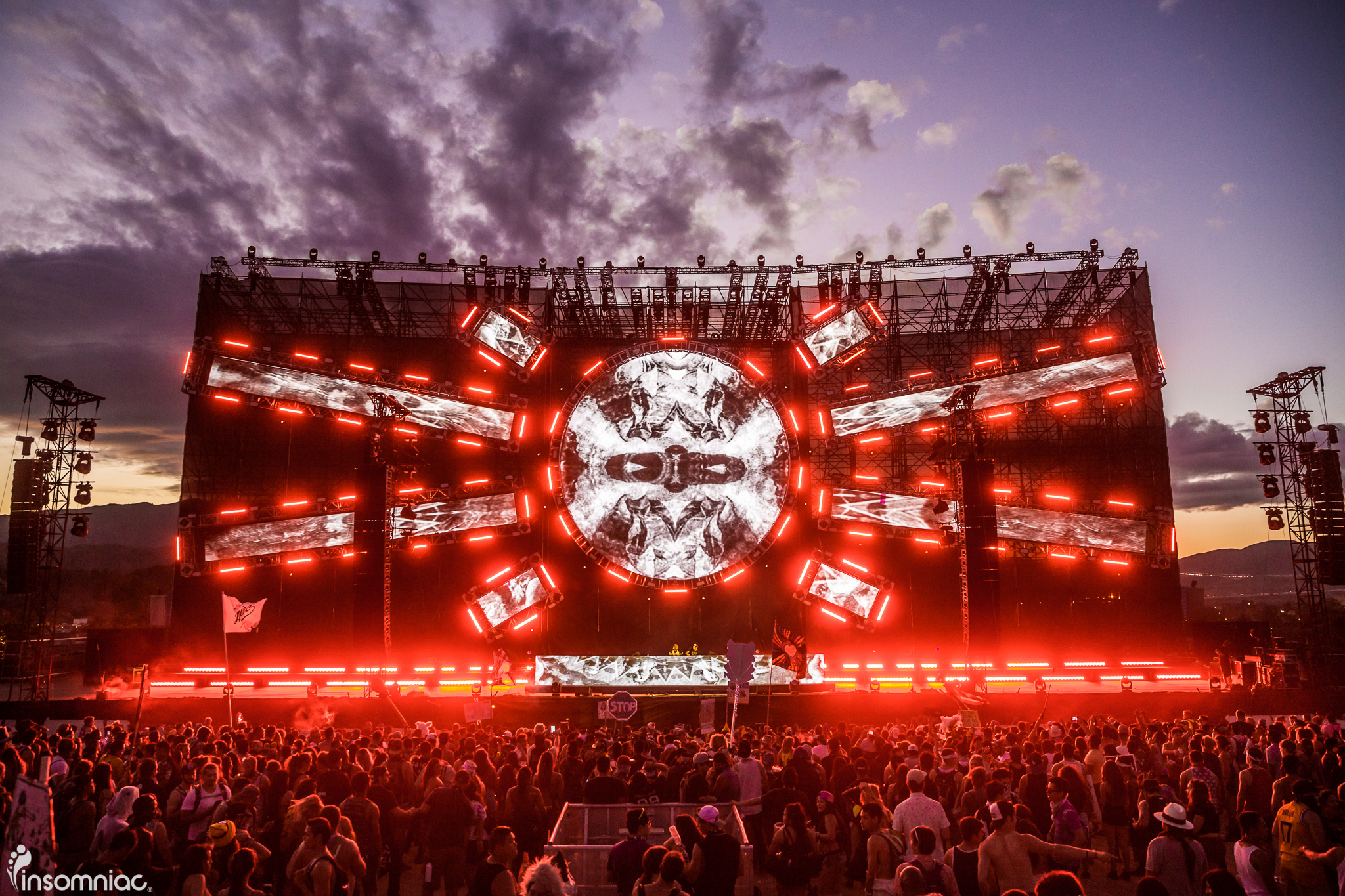 nocturnal_2015_iwally_alivecoverage-22.jpg