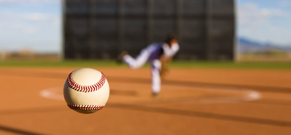 baseball-pitch-1940x900_35208.jpg