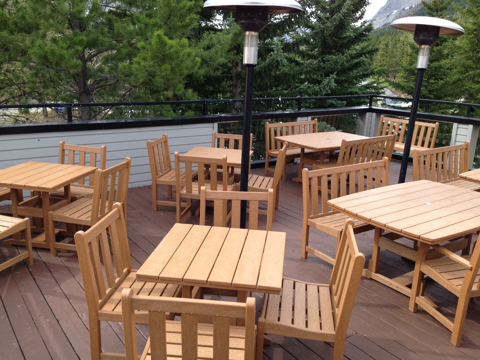 commercial-patio-furniture-2.JPG