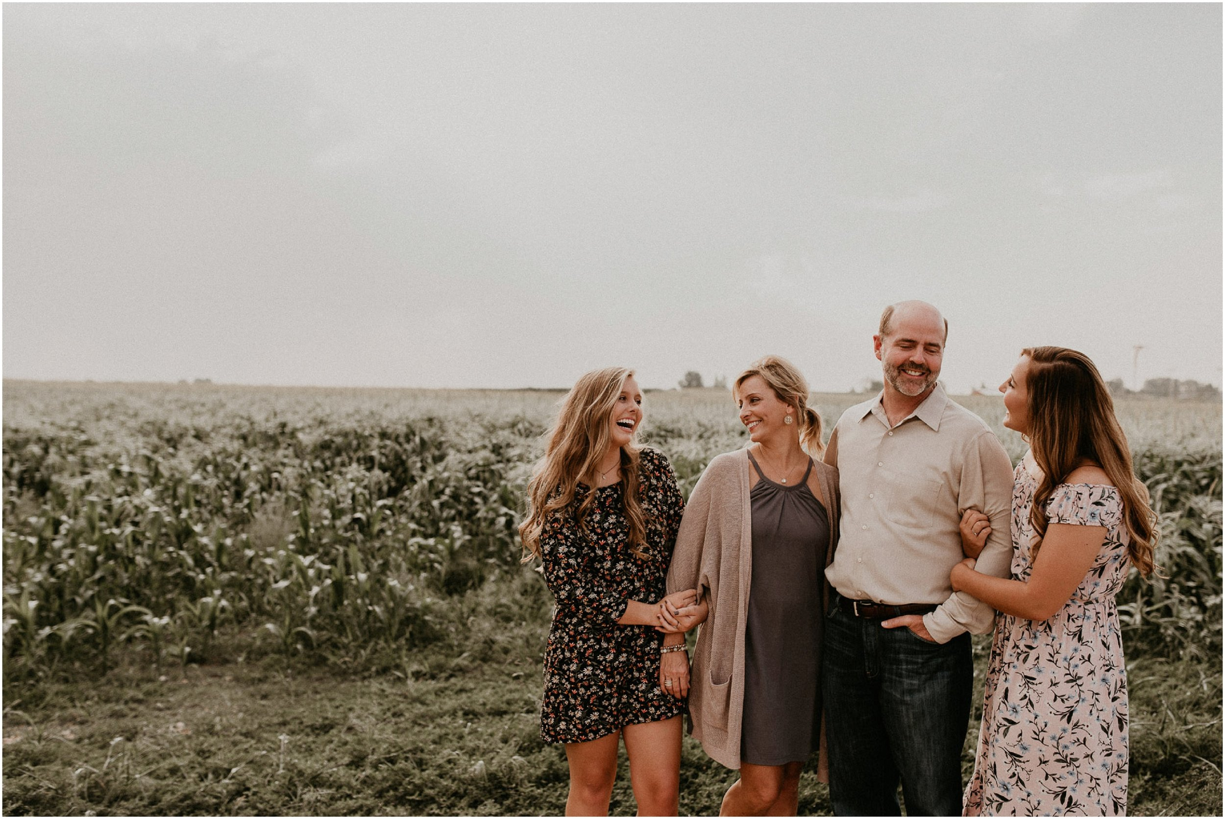 Boise Senior Boudoir Wedding Photographer Makayla Madden Family Pictures Meridian Idaho Linder Farms Corn Field Laughter Candid Family Moments
