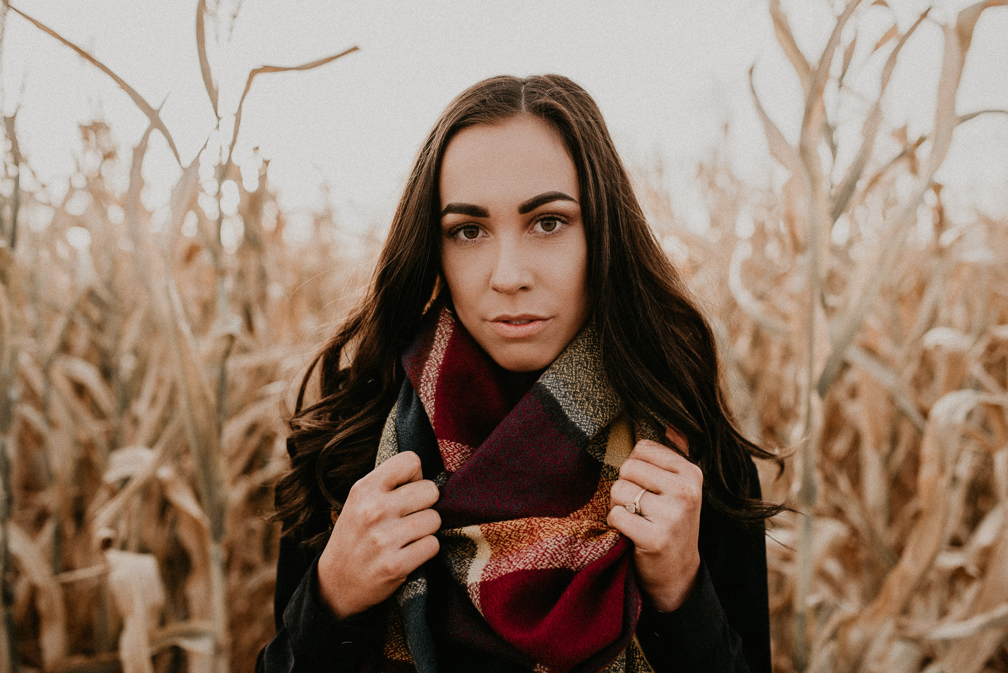 Boise Senior Photographers Meridian Photographer Makayla Madden Photography Fall Senior Pictures Cornfield Idaho Raw Real