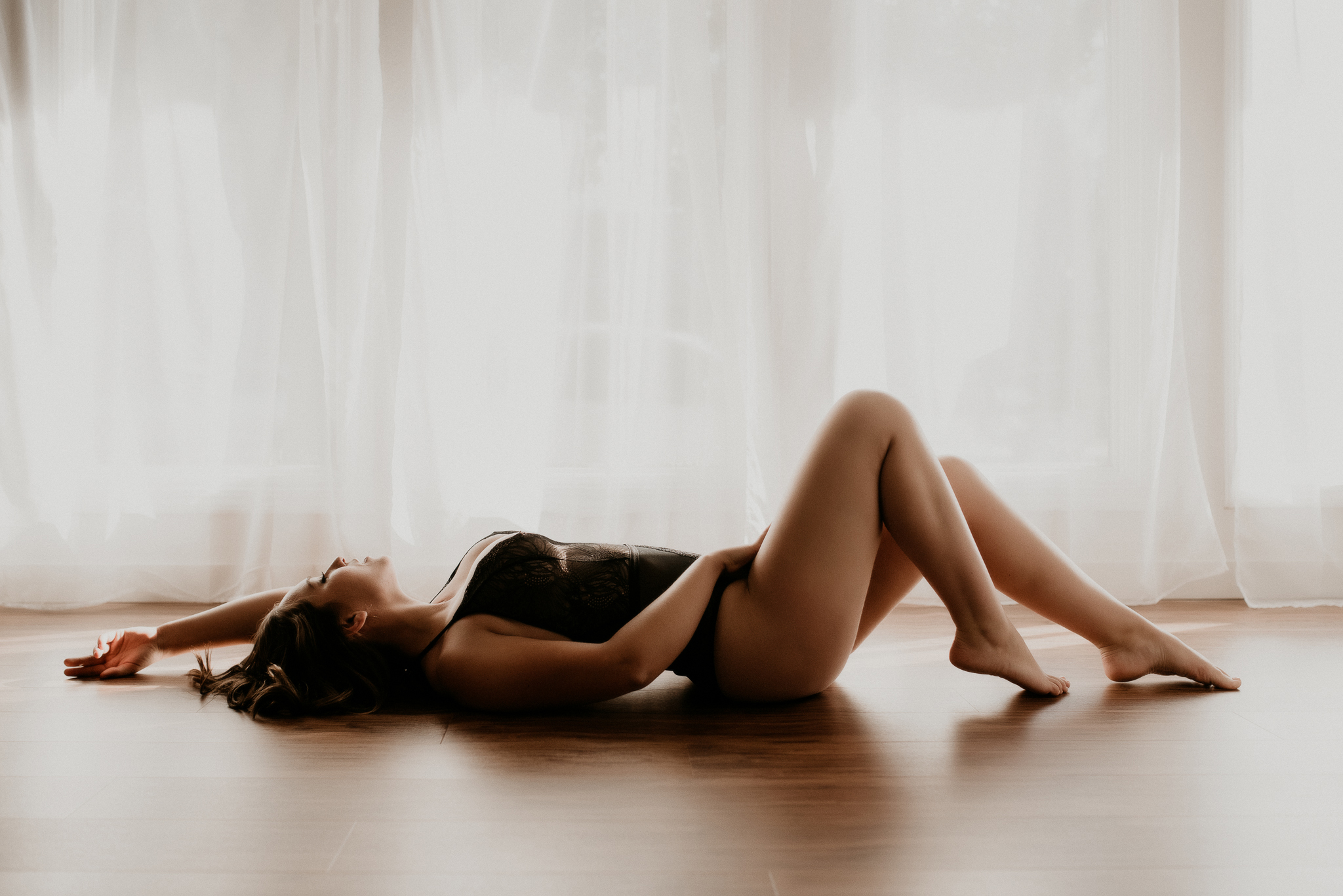 Boise boudoir photographer Makayla Madden Photography Boudoir by Kayla Idaho Top Boudoir Photographers Oregon Boudoir Photography Natural Light Studio 870 Full Service Boudoir