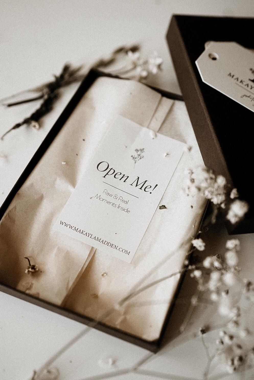 Makayla Madden Prints Open me Raw Real Moments Boise Senior Photographer Photo Packaging Branding Ideas