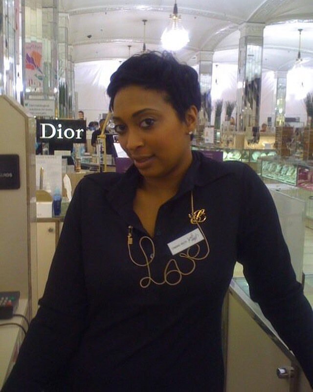 ThrowBack StoryTime! DID YOU KNOW THAT I WAS THE GIRL THAT DIDNT LIKE MAKEUP?!  Lol you never know where your path may lead you but I know I'm walking in my purpose! This photo was taken in 2009! I was working behind the counter @esteelauder for @lordandtaylor I remember feeling so honored to work for Estee, I was told I had to raise $250,000 in sales your girl did $350,000 actually the entire team did amazing and for the FIRST TIME IN HISTORY that counter made over $2,000,000 in sales. We had breakfast and dinner with the Lauder Family and received awards for our accomplishments! It was truly inspiring and made me realize that  the Girl WHO NEVER LIKED MAKEUP WILL BECOME WHO YOU KNOW TODAY AS CAMARA AUNIQUE  ,😩😊🤦🏽♀️❤️Yes that means I can sell the heck out of products because it's what I started doing but it also prepared me for much more.... I was making $80,000 a year and when people started telling me I was actually good at makeup I started to think I need to grow my skills, I would take pictures of my work and use it to share to clients so that they'd book me, I believed in myself before anyone else did, I took a HUGE PAY CUT and left after a year and went to @maccosmetics @henribendel that's where I started to perfect my skills. SACRIFICE 😩!! !  Trust your journey…… You may feel like your stuck at the moment or wondering why someone is accelerating before you. Proverbs 3:5 Trust in the LORD with all your heart and lean not on your own understanding; Most times God is placing us in certain market places to prepare us for our own. in the season of feeling stuck and unsure ask the Holy Spirit to guide you on what you should be learning in this time and season, he will reveal lol trust me. Maybe you'll be learning bookkeeping and accounting so when you start your business your finances will be on point, head to youtube and study the things you need to do what you want to do.  EVERYTHING IS ON YOUTUBE AND GOOGLE.  Most seasons are quiet and low-key because your'e in