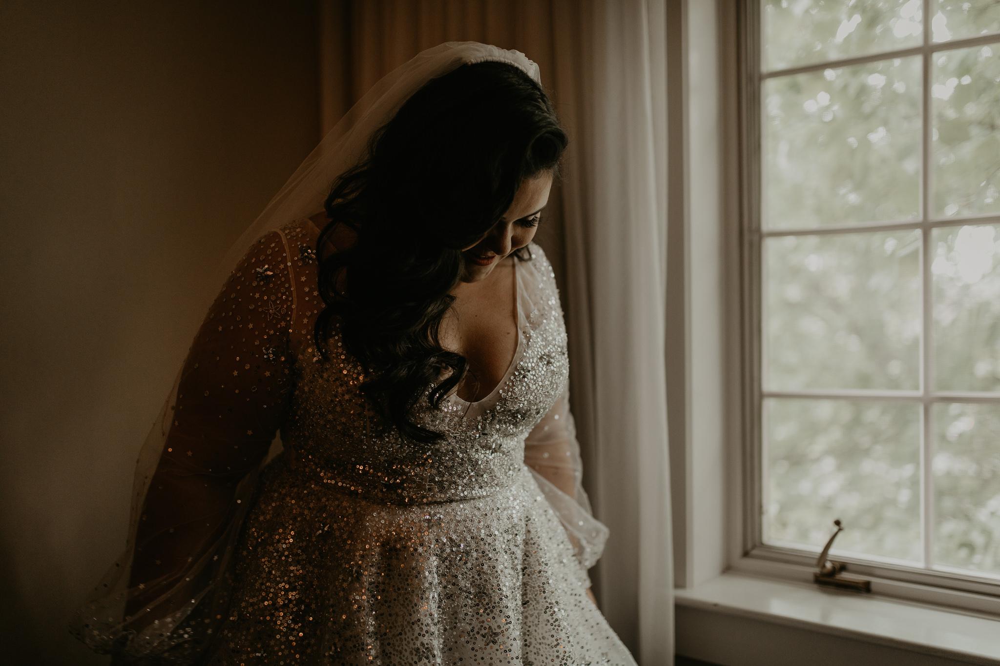 H+A_Hartford_Connecticut_RoseGarden_Wedding007.jpg