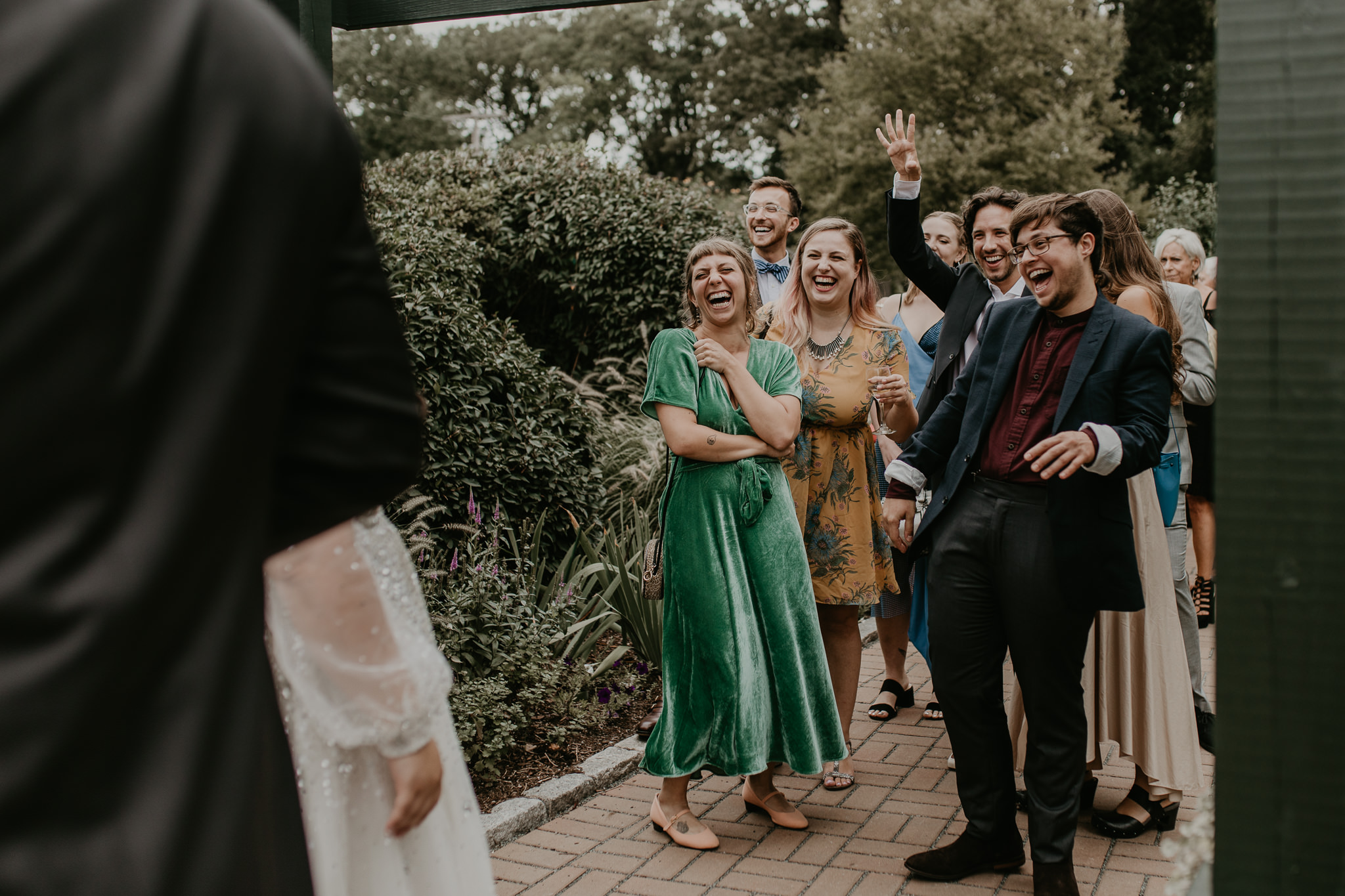 H+A_Hartford_Connecticut_RoseGarden_Wedding057.jpg