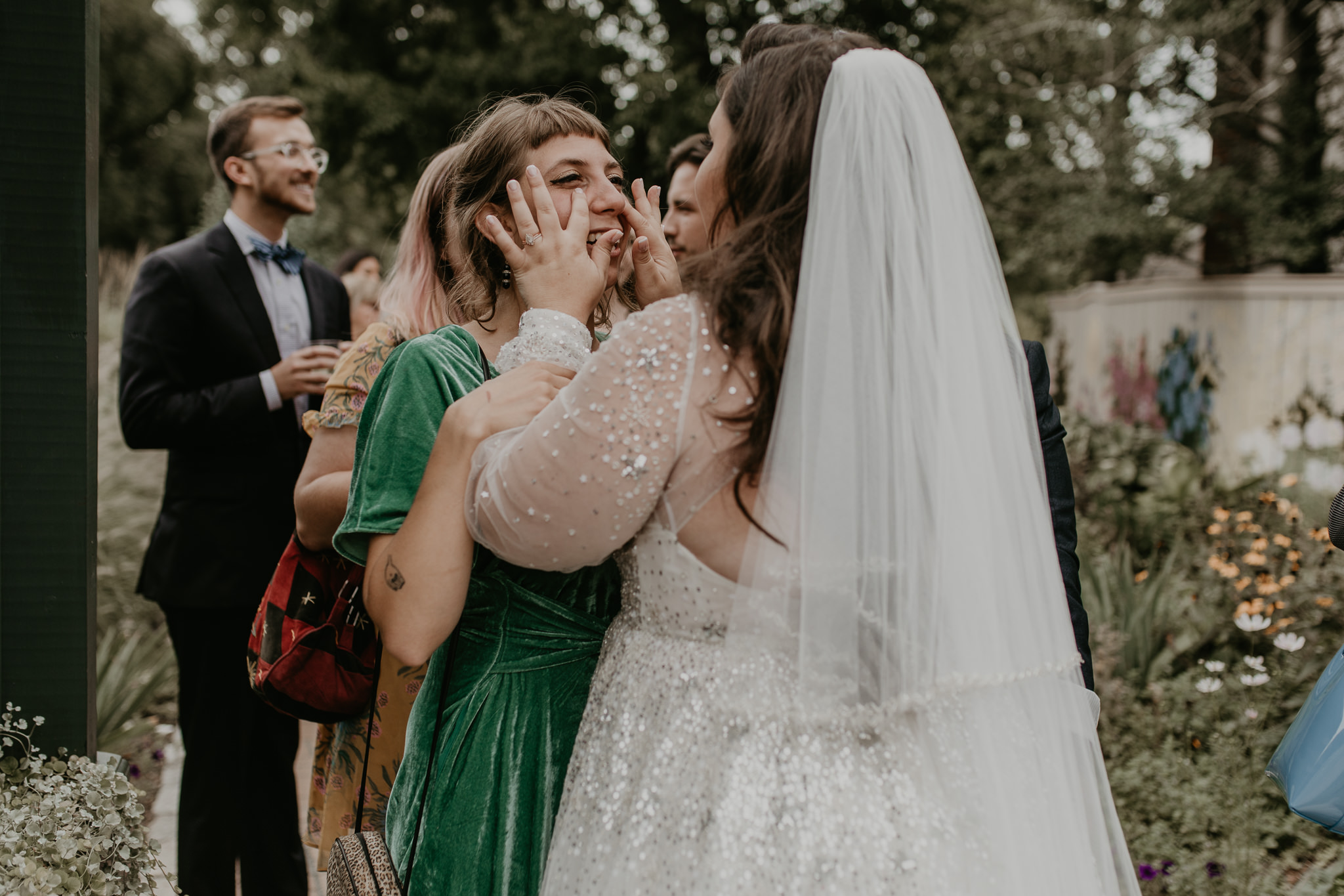H+A_Hartford_Connecticut_RoseGarden_Wedding058.jpg