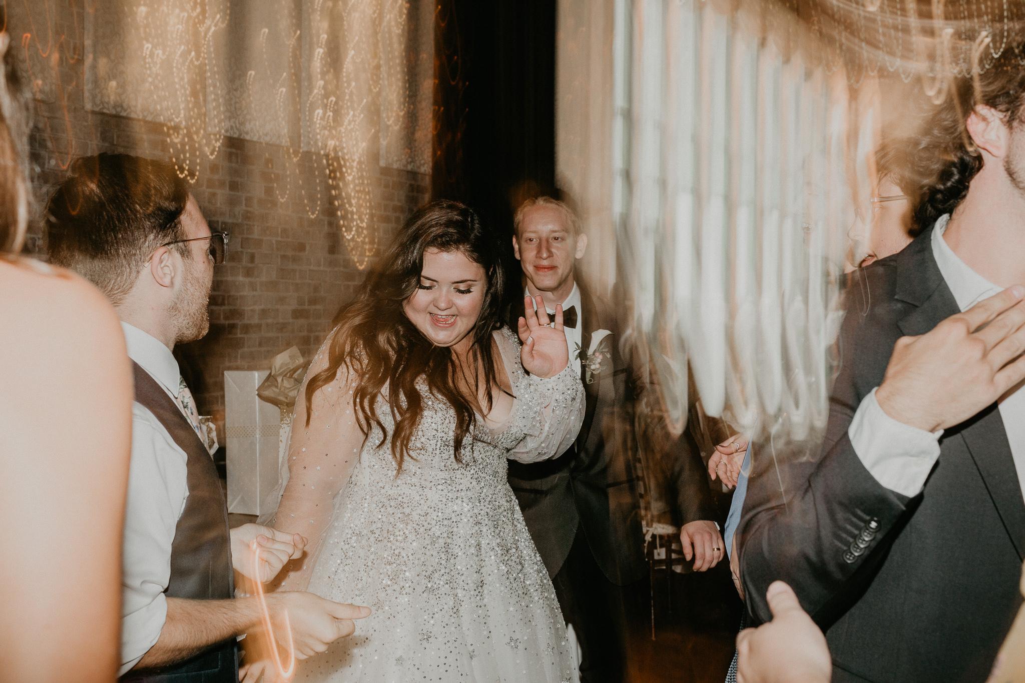 H+A_Hartford_Connecticut_RoseGarden_Wedding080.jpg