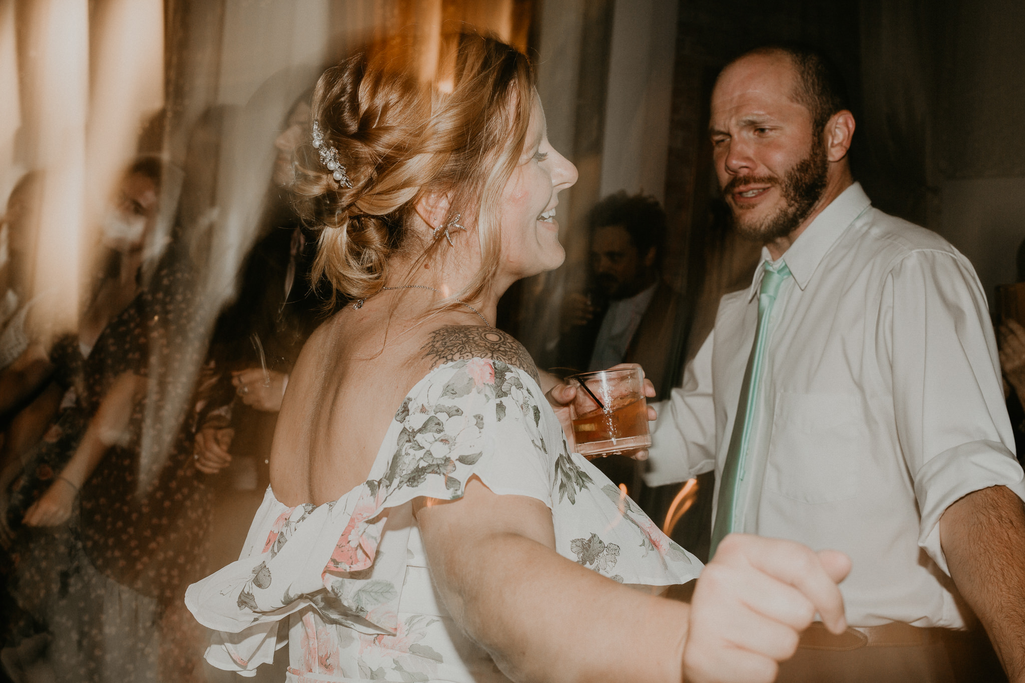 H+A_Hartford_Connecticut_RoseGarden_Wedding081.jpg