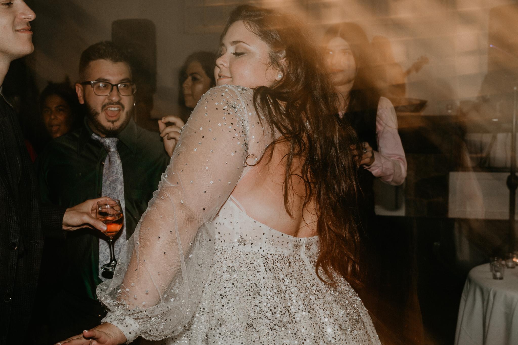 H+A_Hartford_Connecticut_RoseGarden_Wedding094.jpg
