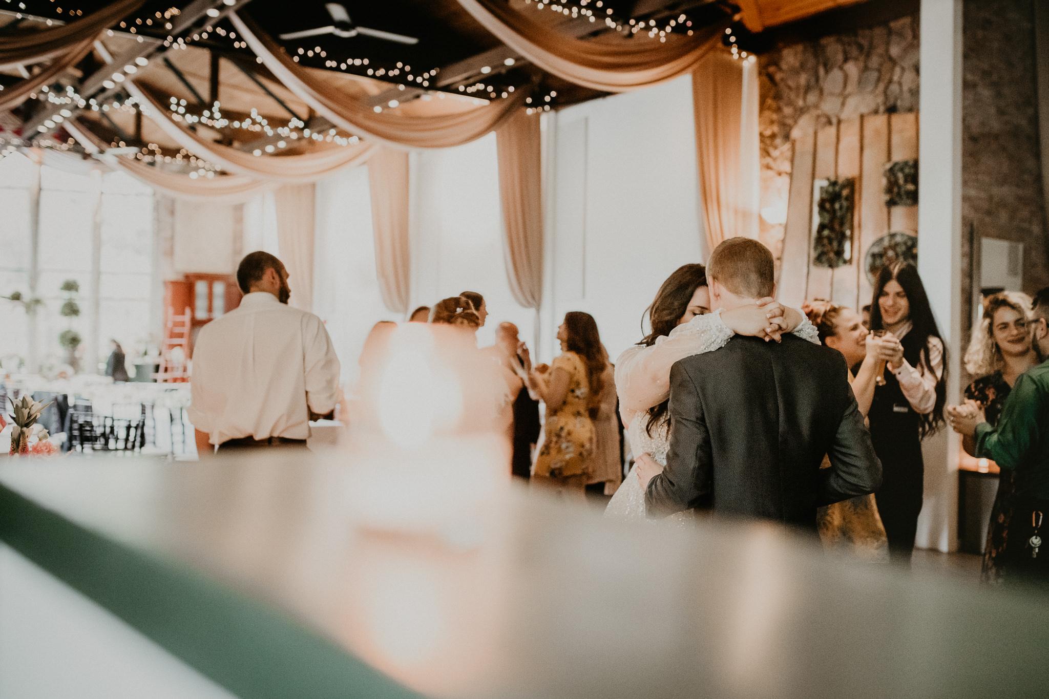 H+A_Hartford_Connecticut_RoseGarden_Wedding102.jpg