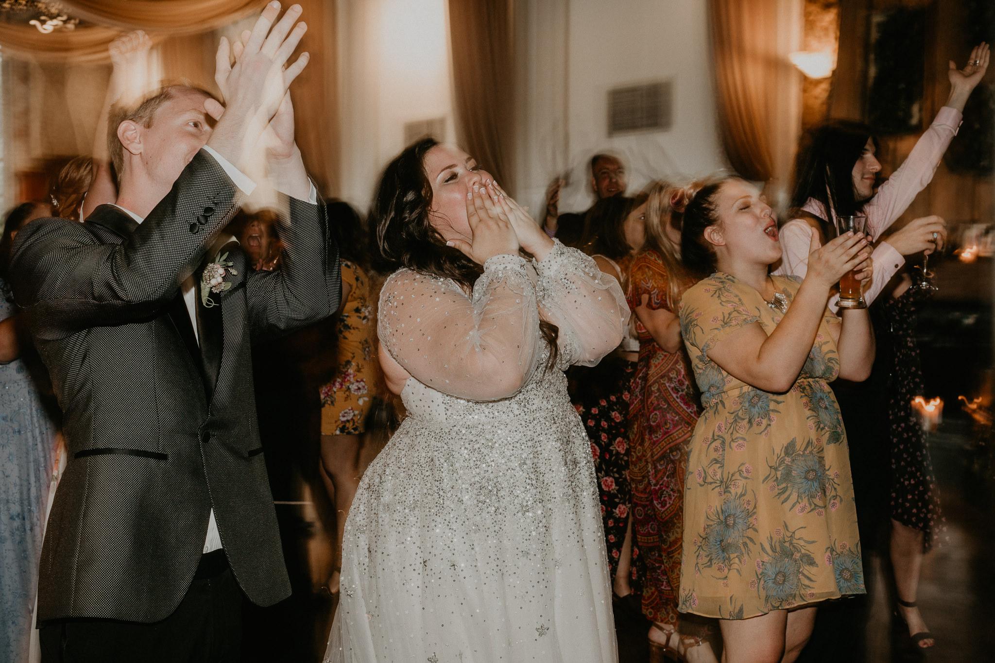 H+A_Hartford_Connecticut_RoseGarden_Wedding105.jpg
